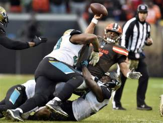 APTOPIX-Jaguars-Browns-Football